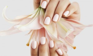 Coupon Manicure con Smalto Semipermanente